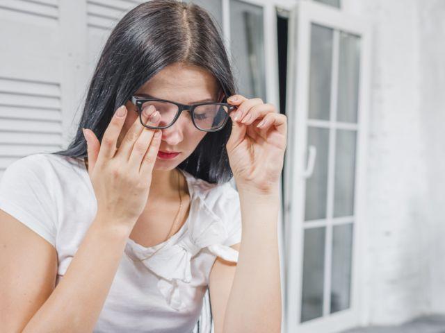 Síndrome do olho seco causas, sintomas e tratamentos