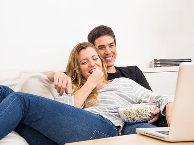 Você precisa tomar esses cuidados na hora de assistir filmes e séries